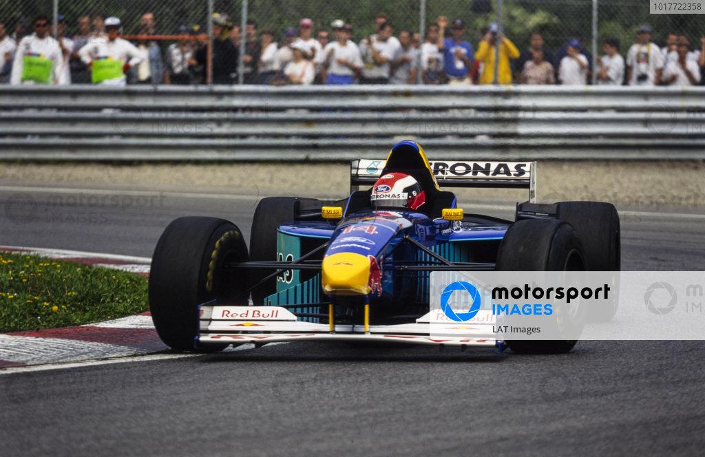Johnny Herbert, Sauber C15 Ford.