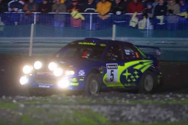 2001 FIA World Rally Championship. Rally of Great Britain. Cardiff, Wales.November 22-25, 2001. Richard Burns, Subaru Impreza WRCPhoto: Paul Dowker. World - LAT Photographic.8 9mb Digital File Only