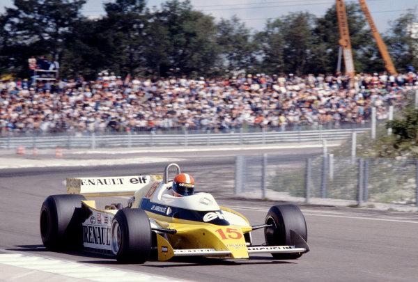 1979 French Grand Prix.Dijon-Prenois, France.29/6-1/7 1979.Jean-Pierre Jabouille (Renault RS10) 1st position.Ref-79 FRA 01.World Copyright - LAT Photographic