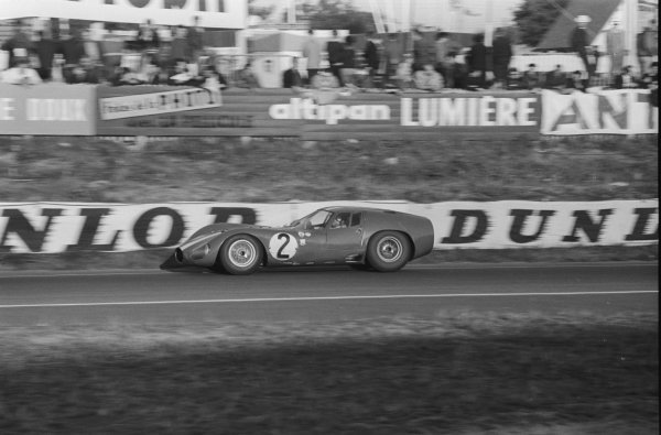 Maurice Trintignant (FRA) Maserati 151/3.