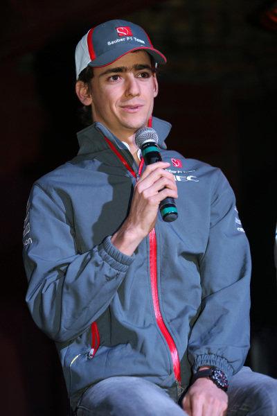 Esteban Gutierrez (MEX) Sauber, at the FOTA Austin Fans Forum. FOTA Austin Fans Forum, Cedar Street Courtyard, Austin, Texas, Wednesday 13 November 2013.