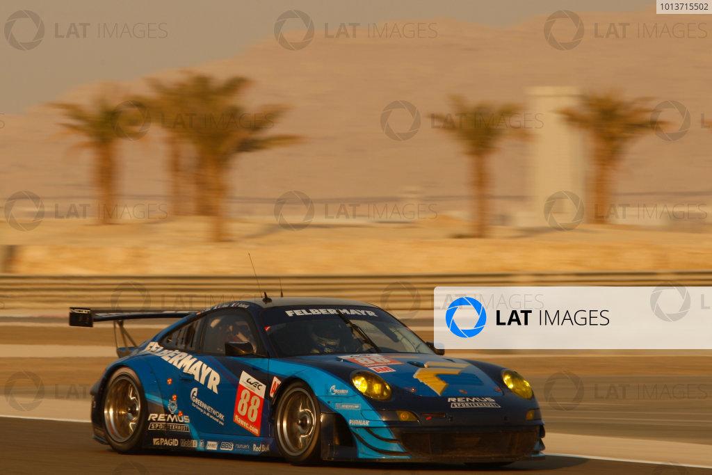 Bahrain, 27th-29th September 2012,Christian Ried/Gianluca Roda/Paolo Ruberti Team Felbermayr Proton Porsche 911 RSRWorld copyright: Ebrey/LAT Photographic