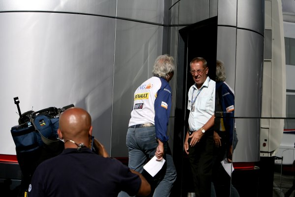 2007 Italian Grand Prix - Friday PracticeAutodromo di Monza, Monza, Italy.7th September 2007.Flavio Briatore, Managing Director, Renault F1 enters the McLaren Brand Centre in the paddock.World Copyright: Charles Coates/LAT Photographicref: Digital Image ZK5Y1658