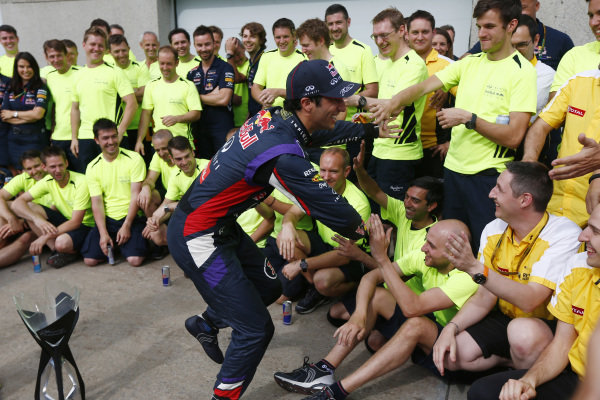 Circuit Gilles Villeneuve, Montreal, Canada. Sunday 8 June 2014. Daniel Ricciardo, Red Bull Racing, 1st Position, celebrates his maiden win with his team. World Copyright: Andy Hone/LAT Photographic. ref: Digital Image _ONZ3699
