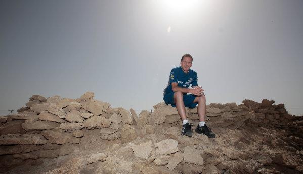 Round 2 - Gulf Air Desert 400Bahrain International Circuit, Sakhir, Bahrain.24th - 27th Febraury 2010.Paul Dumbrell of The Bottle-O Race Team on the Island of Hawar off the coast of Bahrain.World Copyright: Mark Horsburgh/LAT Photographicref: Digital Image 55-Dumbrell-EV02-8116