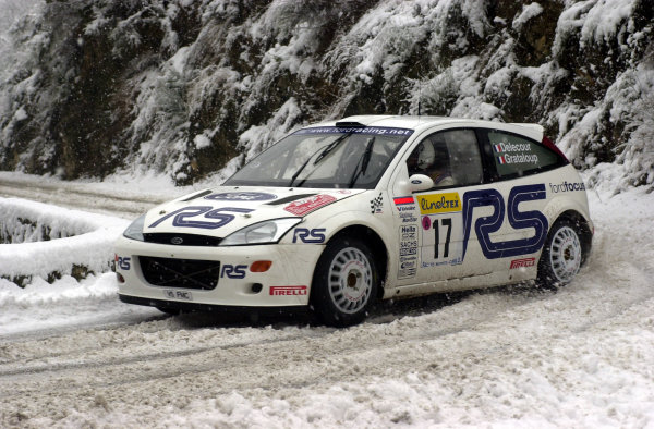 2001 World Rally Championship. Monte Carlo Rally,  Monaco. 18th -21st January 2001. Rd 1. Francois Delecour during the snowy shakedown. World Copyright: Ralph Hardwick/ LAT Photographic. Ref: Delecour1