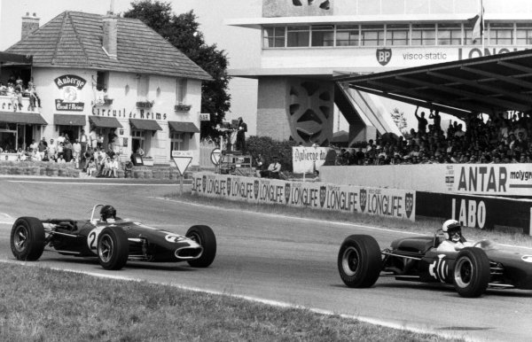 1966 French Grand Prix.Reims, France. 3 July 1966.Jo Bonnier, Brabham BT11-Climax, not classified, leads Dan Gurney, Eagle AAR101-Climax, 5th position, action.World Copyright: LAT Photographic