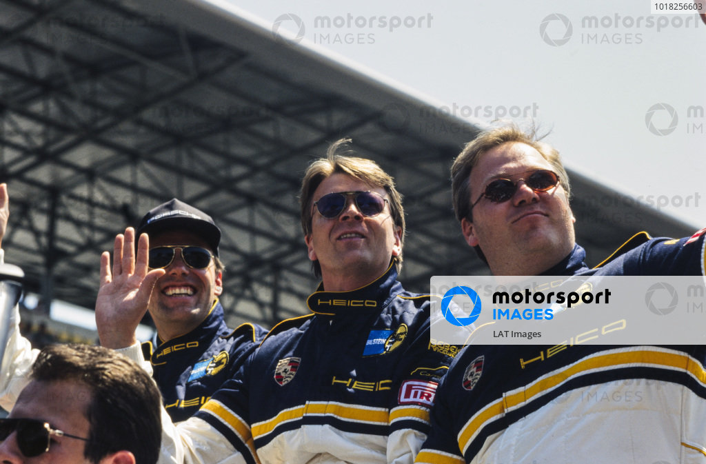 Ulrich Richter, Karl-Heinz Wlazik and Dirk Ebeling, Heico Service GmbH, on the drivers parade.