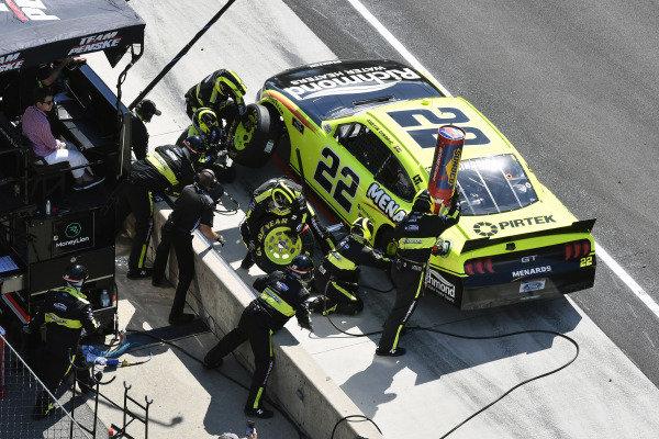 #22: Austin Cindric, Team Penske, Ford Mustang Menards/Richmond