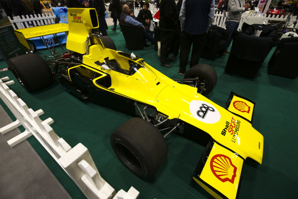 A Shell Sport Series Lola.
