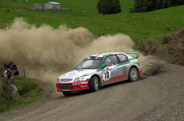 2001 World Rally Championship.Rally of New Zealand. September 20-23, 2001.Auckland, New Zealand.Alister McRae on stage 4.Photo: Ralph Hardwick/LAT