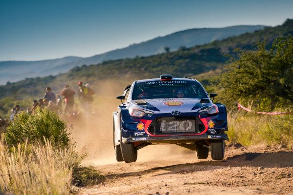 2017 FIA World Rally Championship, Round 05, Rally Argentina, April 27-30, 2017, Thierry Neuville, Hyundai, Action, Worldwide Copyright: McKlein/LAT