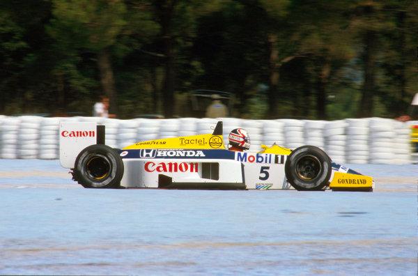 Paul Ricard, France.4-6 July 1986.Nigel Mansell (Williams FW11 Honda) 1st position.Ref-86 FRA 01.World Copyright - LAT Photographic