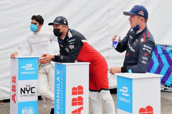 Sergio Sette Camara (BRA), Dragon Penske Autosport, Andre Lotterer (DEU), Tag Heuer Porsche, and Nick Cassidy (NZL), Envision Virgin Racing