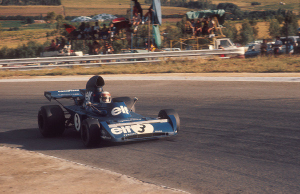 1973 South African Grand Prix.Kyalami, South Africa.1-3 March 1973.Jackie Stewart (Tyrrell 006 Ford) 1st position.Ref-73 SA 10.World Copyright - LAT Photographic