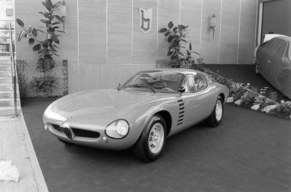 Bertone Alfa Romeo Canguro prototype.