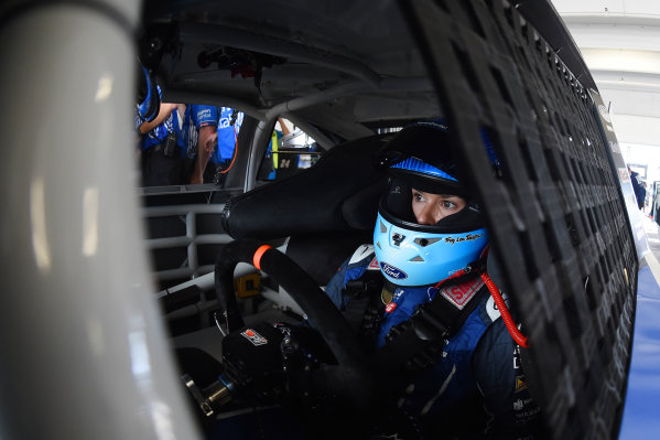 Monster Energy NASCAR Cup Series Homestead-Miami Speedway, Homestead, Florida USA Friday 17 November 2017 Danica Patrick, Stewart-Haas Racing Ford World Copyright: Rainier Ehrhardt / LAT Images ref: Digital Image DSC_0219