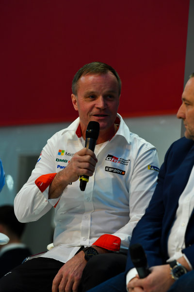 Autosport International Exhibition. National Exhibition Centre, Birmingham, UK. Thursday 11th January 2018. Tommi Makinen talks to Henry Hope-Frost on the Autosport Stage. World Copyright: Mark Sutton/Sutton Images/LAT Images Ref: DSC_6623