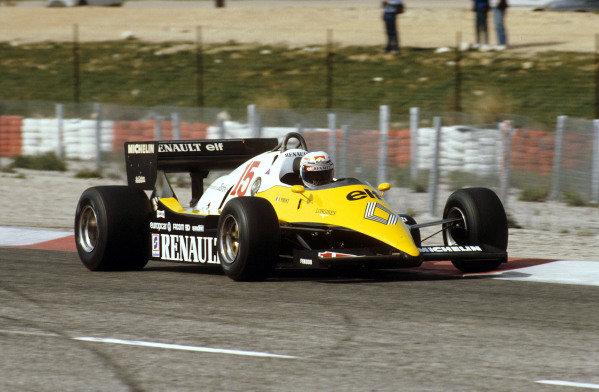 Paul Ricard, France.15-17 April 1983.Alain Prost (Renault RE40) 1st position.Ref-83 FRA 12.World Copyright - LAT Photographic