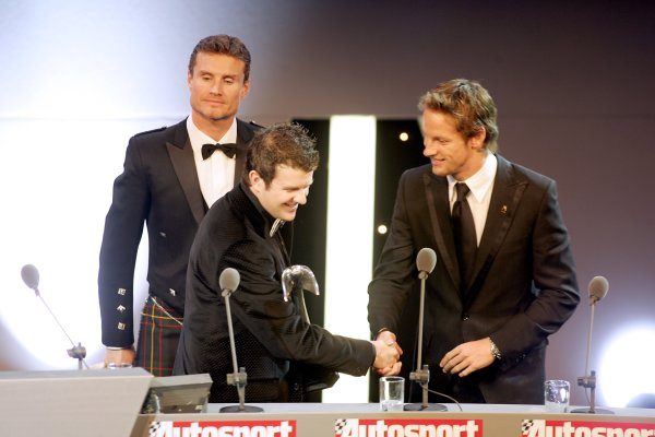 2005 Autosport AwardsGrosvenor House, London. 4th December.Mark Higgins shakes hands with Jenson Button as he accepts his National Rally Driver Award.World Copyright: Malcolm Griffiths/LAT Photographicref: Digital Image Only