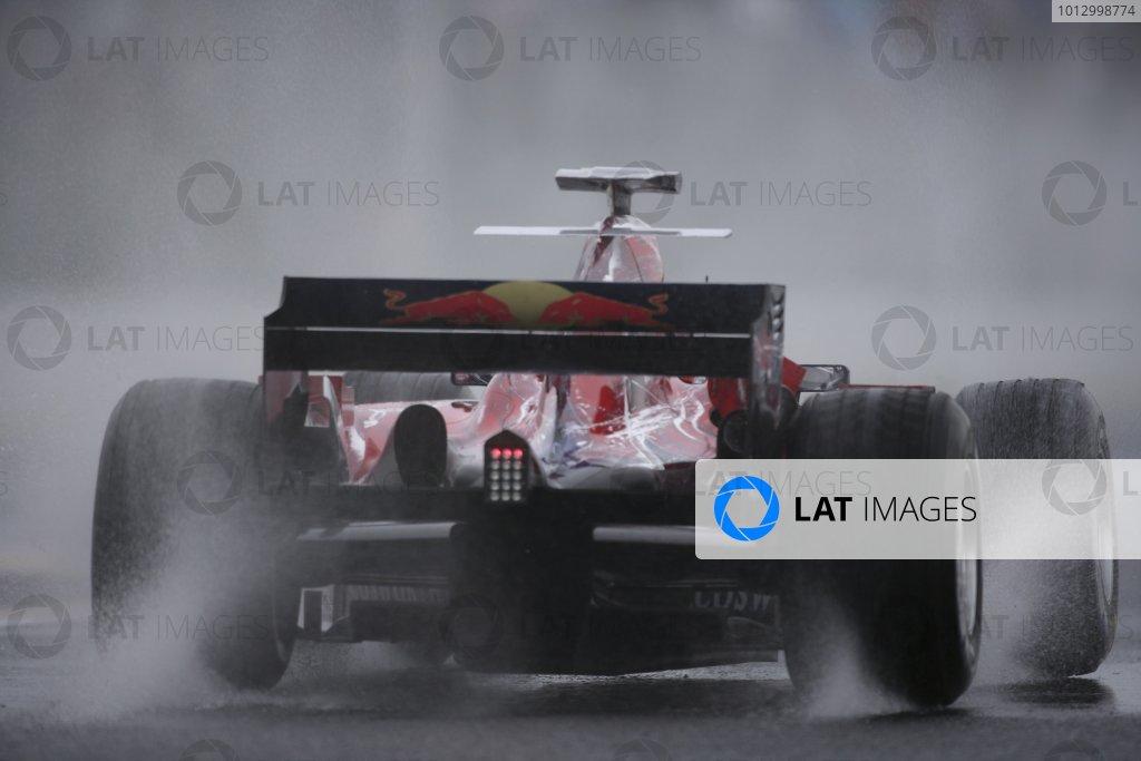 2006 Japanese Grand Prix - Friday Practice