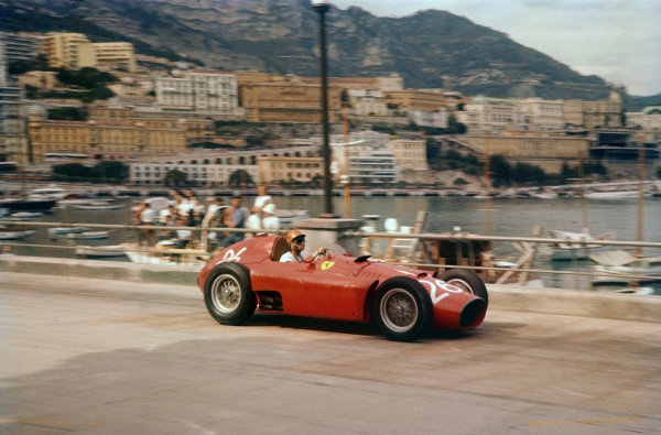 Monte Carlo, Monaco. 10-13 May 1956. Peter Collins (Lancia-Ferrari D50) 2nd position, shared with Juan Manuel Fangio. Ref: 56MON05. World Copyright - LAT Photographic