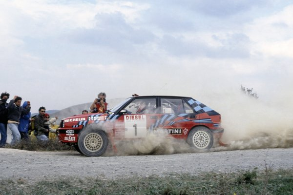 1989 World Rally Championship. San Remo Rally, Italy. 8-12 October 1989. Miki Biasion/Tiziano Sivero (Lancia Delta Integrale 16V), 1st position. World Copyright: LAT Photographic Ref: 35mm transparency 89RALLY09