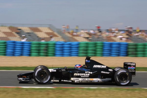 2001 French Grand Prix - Friday PracticeMagny-Cours, France. 29th June 2001Fernando Alonso, European Minardi PS01, action.World Copyright - LAT Photographicref: 8 9 MB Digital File only