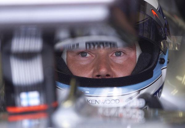 2001 San Marino Grand Prix.Imola, Italy. 13-15 April 2001.Mika Hakkinen (McLaren MP4/16 Mercedes) 4th position.World Copyright - Steve Etherington/LAT Photographicref: 14mb digital image.