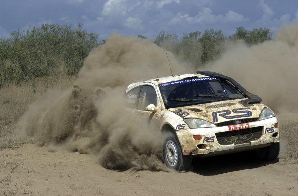 2001 World Rally Championship.Nairobi, Kenya. July 20-22, 2001Francois Delecour kicks up the dust in section 6.Photo: Ralph Hardwick/LAT
