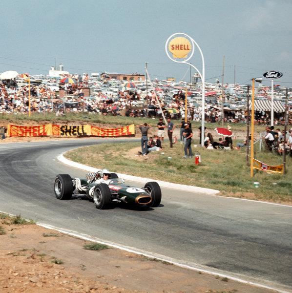 Kyalami, South Africa.31/12/66-2/1/1967.Denny Hulme (Brabham BT20 Repco).Ref-3/2506.World Copyright - LAT Photographic