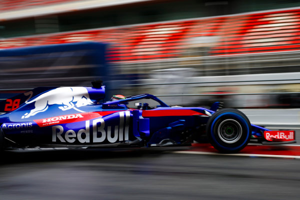 Circuit de Catalunya, Barcelona, Spain. Wednesday 28 February 2018. Brendon Hartley, Toro Rosso STR13 Honda, exits the pits. World Copyright: Andy Hone/LAT Images ref: Digital Image _ONZ9851