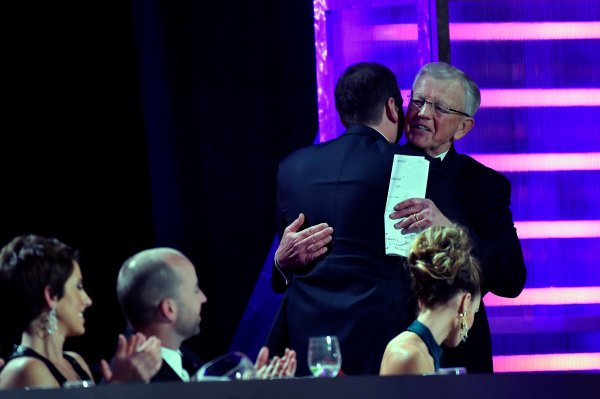 1-4 December, 2015, Las Vegas, Nevada USA Joe Gibbs and Kyle Busch ? 2015, Nigel Kinrade LAT Photo USA