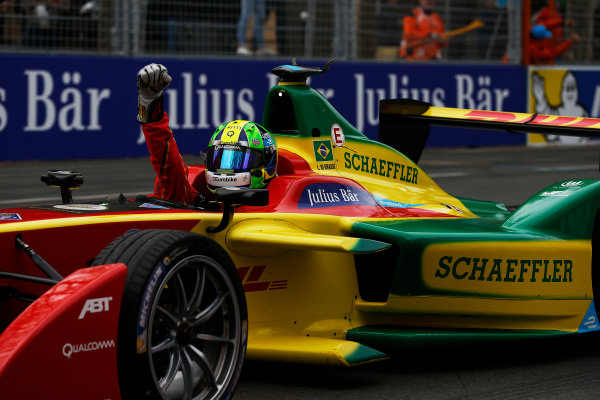 2015/2016 FIA Formula E Championship. Paris ePrix, Paris, France. Saturday 23 April 2016. Lucas Di Grassi (BRA), ABT Audi Sport FE01. Photo: Glenn Dunbar/LAT/Formula E ref: Digital Image _89P5642