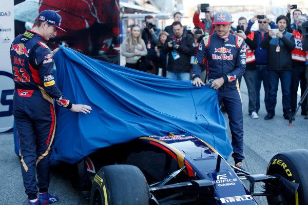 Circuit de Catalunya, Barcelona, Spain Tuesday 1 March 2016. Carlos Sainz Jr, Toro Rosso. Max Verstappen, Toro Rosso. Unvealing STR-11 World Copyright: Zak Mauger/LAT Photographic ref: Digital Image _79P9259