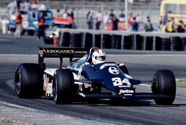 1983 Dutch Grand Prix.Zandvoort, Holland.26-28 August 1983.Johnny Cecotto (Theodore N183 Ford).Ref-83 HOL 38.World Copyright - LAT Photographic