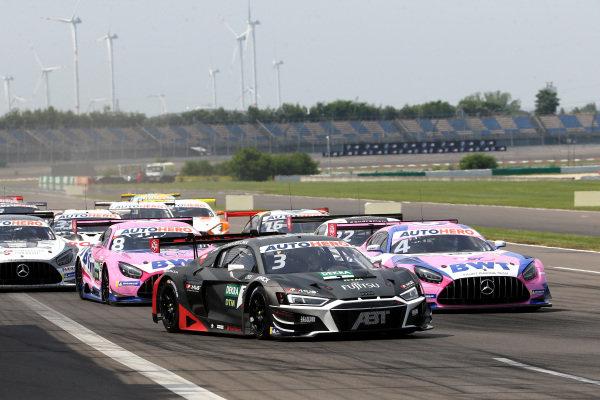 Kelvin van der Linde, Abt Sportsline Audi R8 LMS GT3, Maximilian Götz, Haupt Racing Team Mercedes AMG GT3.