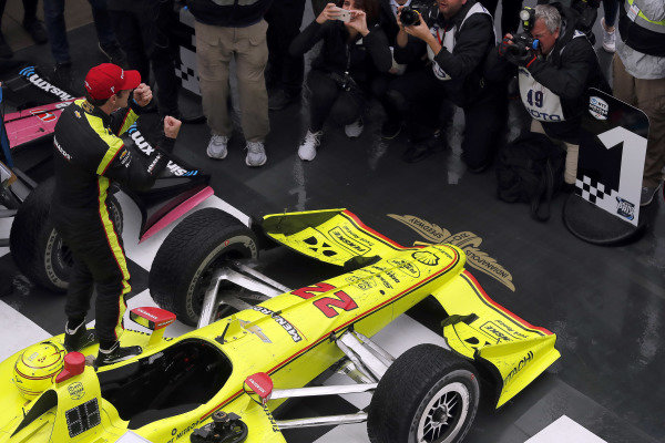 Simon Pagenaud, Team Penske Chevrolet celebrates in victory lane