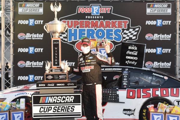 Race winner Brad Keselowski, Team Penske Ford Discount Tire, Copyright: Kevin C. Cox/Getty Images.