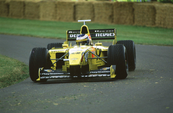 2000 Festival of Speed.Goodwood, England, Great Britain. 23-25 June 2000. Designer Mike Gascoyne (Jordan-Mugen Honda).World - LAT Photographic