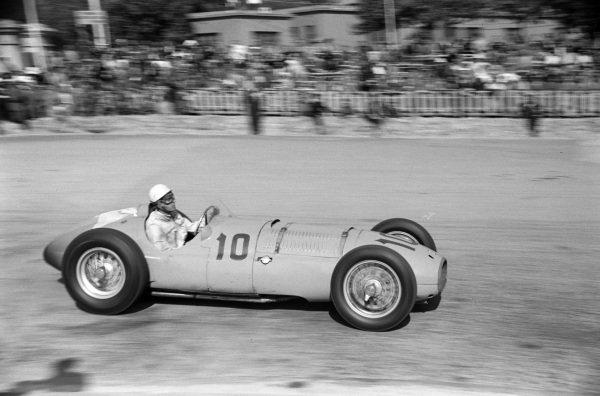 Peter Walker, BRM Type 15.
