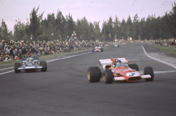 1970 Mexican Grand Prix.Mexico City, Mexico.23-25 October 1970.Jacky Ickx (Ferrari 312B) leads Jackie Stewart (Tyrrell 001 Ford) and Clay Regazzoni (Ferrari 312B). Ickx and Regazzoni finished in 1st and 2nd positions respectively.Ref: 70 MEX 66.World Copyright - LAT Photographic