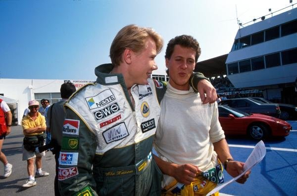 (L to R): Mika Hakkinen (FIN) Lotus and Michael Schumacher (GER) Benetton.