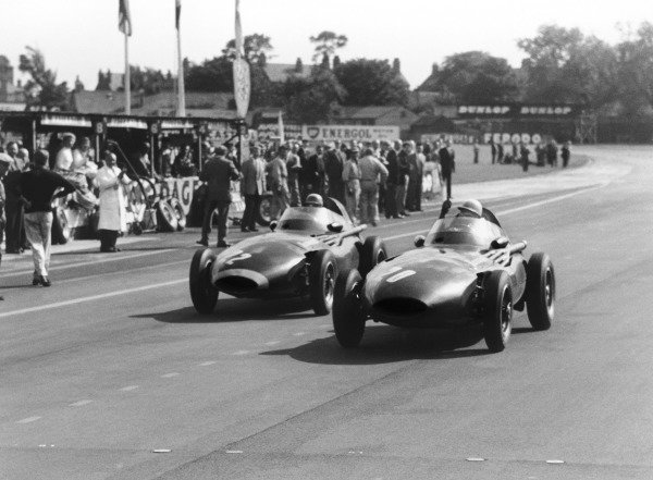 Aintree, England. 18-20 July 1957.Stirling Moss (Vanwall), 1st position, after Tony Brooks gave up his car for Moss to drive after his car retired, portrait.World Copyright: LAT Photographic.Ref: 7492B - 28A.
