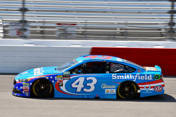 Monster Energy NASCAR Cup Series Toyota Owners 400 Richmond International Raceway, Richmond, VA USA Friday 28 April 2017 Aric Almirola, Richard Petty Motorsports, Smithfield Ford Fusion World Copyright: Nigel Kinrade LAT Images ref: Digital Image 17RIC1nk01301