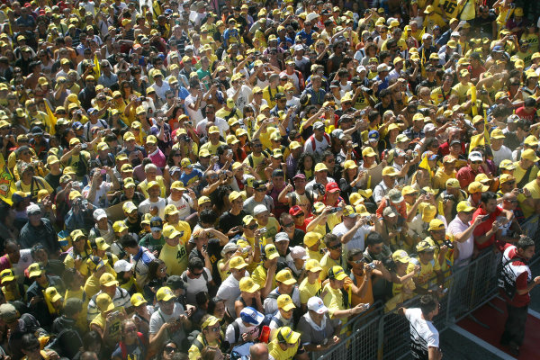 Misano, Italy. 4th - 6th September 2009.Rossi Fans.World Copyright: Martin Heath/LAT Photographicref: Digital Image SE5K9286
