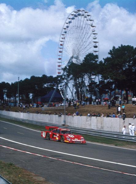 1982 Le Mans 24 hours. Le Mans, France. 19th - 20th June 1982. Bob Akin / Dave Cowart / Kenper Miller (Porsche 935L-1), retired, action.  World Copyright: LAT Photographic. Ref: 82LM42.