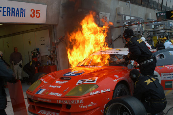2003 Le Mans 1000kmLe Mans, France. 8th - 9th October 2003.XL Ferrari catches fire in the pits. World Copyright: Stephens/Brooks/LAT Photographicref: Digital Image Only