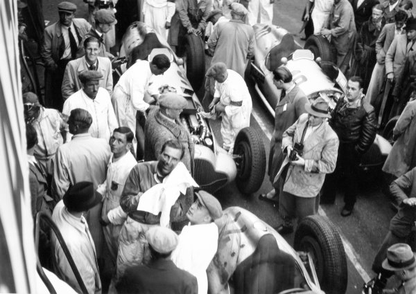 1938 Swiss Grand Prix.  Bremgarten, Berne, Switzerland. 21 August 1938.  Dick Seaman, Mercedes-Benz W154, 2nd position, parc ferme.  Ref: RF38_SWI_57. World Copyright: Robert Fellowes/LAT Photographic