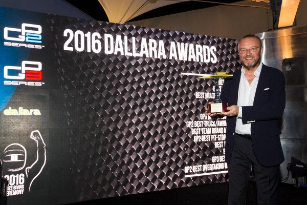 2016 GP2/3 Awards Evening. Yas Marina Circuit, Abu Dhabi, United Arab Emirates. Sunday 27 November 2016. Rapax Photo: Sam Bloxham/GP2 Series Media Service/GP3 Series Media Service. ref: Digital Image _SLA9809